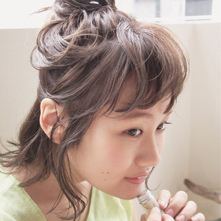 簡単ヘアアレンジ ショート 前髪あり ハーフアップ ヘアスタイルや髪型の写真・画像
