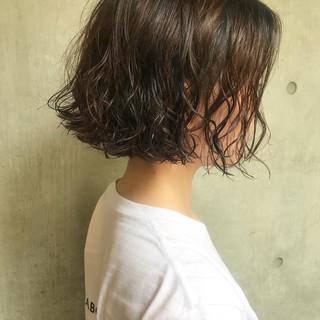 ニュアンス リラックス ヘアアレンジ ボブ ヘアスタイルや髪型の写真・画像
