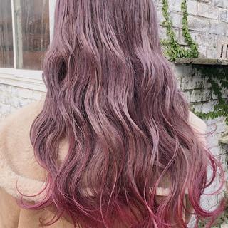 ピンクラベンダー グラデーションカラー ロング ピンクベージュ ヘアスタイルや髪型の写真・画像