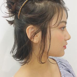 簡単ヘアアレンジ 夏 リラックス ガーリー ヘアスタイルや髪型の写真・画像