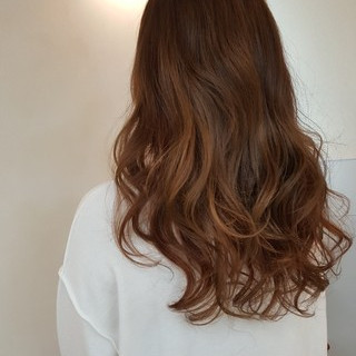 アンニュイ デート ローライト 巻き髪 ヘアスタイルや髪型の写真・画像