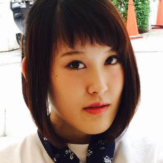 ストレート フェミニン ナチュラル 前髪あり ヘアスタイルや髪型の写真・画像