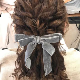 ナチュラル ヘアアレンジ デート セミロング ヘアスタイルや髪型の写真・画像