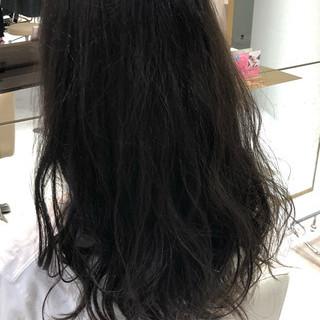 デジタルパーマ 無造作パーマ ゆるふわパーマ ロング ヘアスタイルや髪型の写真・画像
