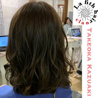 ブリーチなし 透明感 グレージュ ナチュラル ヘアスタイルや髪型の写真・画像