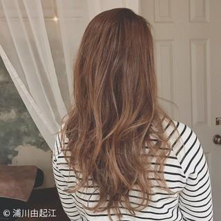 ロング デート ハイライト グラデーションカラー ヘアスタイルや髪型の写真・画像