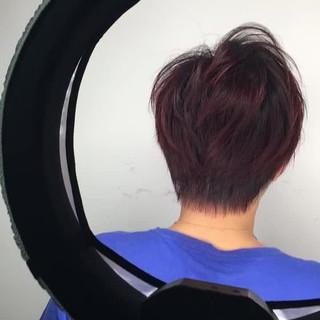 レッド アウトドア ショート ストリート ヘアスタイルや髪型の写真・画像
