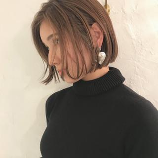 ワンレングス ボブヘアー 切りっぱなし ナチュラル ヘアスタイルや髪型の写真・画像