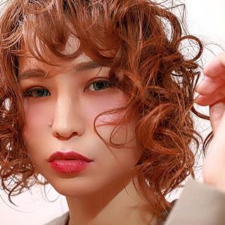 モード ヘアアレンジ ボブ パーマ ヘアスタイルや髪型の写真・画像