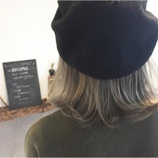 ハイトーン 外ハネ ボブ ストリート ヘアスタイルや髪型の写真・画像
