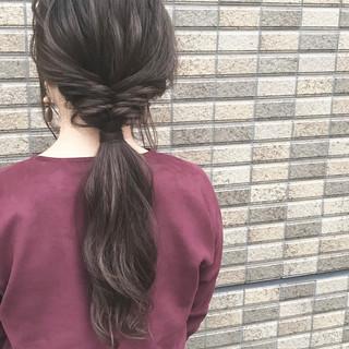 フェミニン 暗髪 ヘアアレンジ ロング ヘアスタイルや髪型の写真・画像