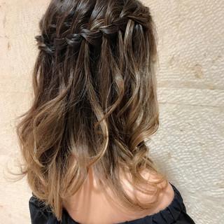 ハイライト ゆるふわ ナチュラル セミロング ヘアスタイルや髪型の写真・画像