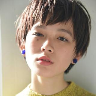 前髪あり 小顔 ナチュラル 外国人風 ヘアスタイルや髪型の写真・画像