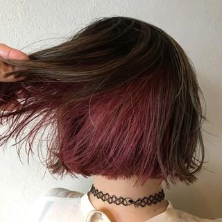 ラベンダーピンク ピンクラベンダー フェミニン インナーカラー ヘアスタイルや髪型の写真・画像