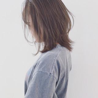アッシュグレージュ 外国人風カラー ボブ ナチュラル ヘアスタイルや髪型の写真・画像