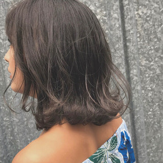 トレンド ウェットヘア ガーリー 透明感 ヘアスタイルや髪型の写真・画像