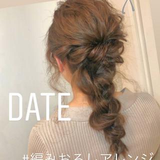 ナチュラル 簡単ヘアアレンジ ヘアアレンジ 大人かわいい ヘアスタイルや髪型の写真・画像 ヘアスタイルや髪型の写真・画像
