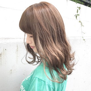 アンニュイ セミロング アッシュ フェミニン ヘアスタイルや髪型の写真・画像