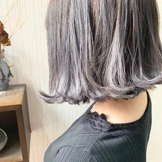 簡単ヘアアレンジ ミルクティーグレージュ 大人かわいい アッシュグレージュ ヘアスタイルや髪型の写真・画像