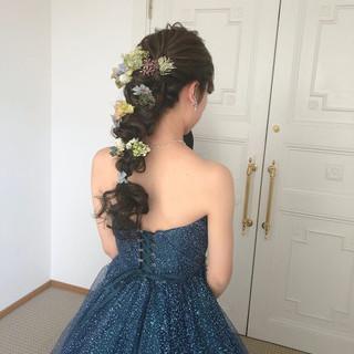 ロング フェミニン 編みおろし ヘアアレンジ ヘアスタイルや髪型の写真・画像