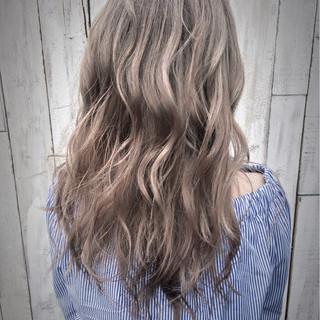 ブリーチ アッシュ ダブルカラー グレージュ ヘアスタイルや髪型の写真・画像 ヘアスタイルや髪型の写真・画像