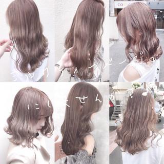 ロング オリーブベージュ アッシュグレージュ ナチュラル ヘアスタイルや髪型の写真・画像