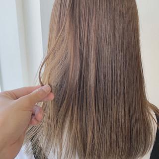 大人女子 アディクシーカラー ナチュラル 圧倒的透明感 ヘアスタイルや髪型の写真・画像