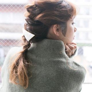 セミロング ヘアアレンジ デート ヘアスタイルや髪型の写真・画像