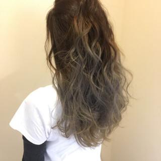 エレガント 透明感 グラデーションカラー 上品 ヘアスタイルや髪型の写真・画像 ヘアスタイルや髪型の写真・画像