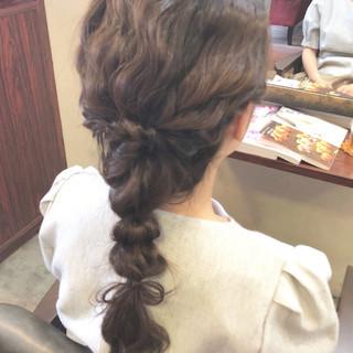 編み込み ヘアアレンジ フェミニン 成人式 ヘアスタイルや髪型の写真・画像