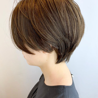 コンサバ ハンサムショート ばっさり 大人かわいい ヘアスタイルや髪型の写真・画像 ヘアスタイルや髪型の写真・画像