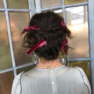 セミロング ヘアアレンジ ガーリー 結婚式 ヘアスタイルや髪型の写真・画像