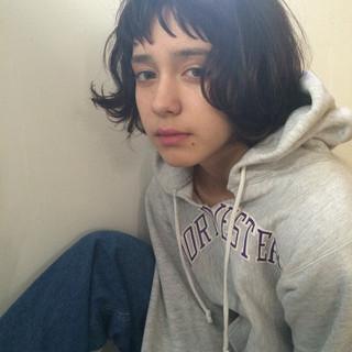 パーマ 暗髪 ストリート ハイライト ヘアスタイルや髪型の写真・画像