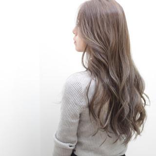 ロング アッシュ ローライト 外国人風カラー ヘアスタイルや髪型の写真・画像