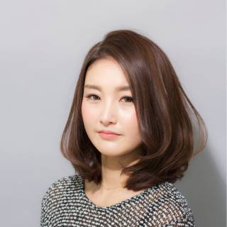 大人かわいい ミディアム 秋 ゆるふわ ヘアスタイルや髪型の写真・画像