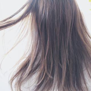 ロング ブルージュ ナチュラル フェミニン ヘアスタイルや髪型の写真・画像
