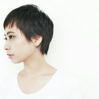 ストリート ショート ウェットヘア 黒髪 ヘアスタイルや髪型の写真・画像