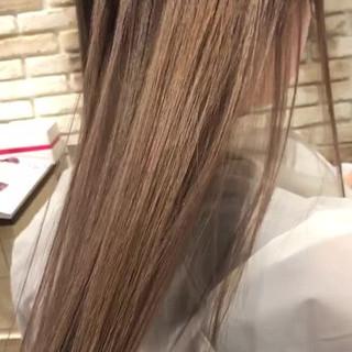 透明感 艶髪 ナチュラル アッシュ ヘアスタイルや髪型の写真・画像