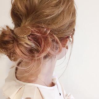 ミディアム ピンクアッシュ 簡単ヘアアレンジ ピンク ヘアスタイルや髪型の写真・画像