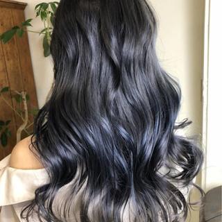 ブルーアッシュ エレガント ブルージュ ブルー ヘアスタイルや髪型の写真・画像
