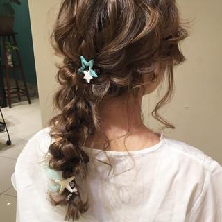 ヘアアレンジ パーティ 編み込み 結婚式 ヘアスタイルや髪型の写真・画像