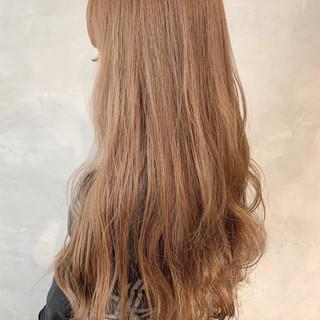 ベージュ ヌーディベージュ ナチュラル アッシュベージュ ヘアスタイルや髪型の写真・画像