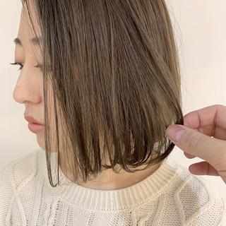 透明感 アッシュベージュ ラベンダーアッシュ ベージュ ヘアスタイルや髪型の写真・画像