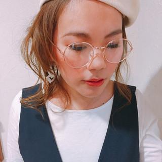 編み込み ロング ナチュラル ベレー帽 ヘアスタイルや髪型の写真・画像
