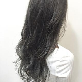 グラデーションカラー ブルージュ マット ナチュラル ヘアスタイルや髪型の写真・画像