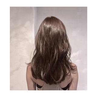 セミロング ナチュラル イルミナカラー 簡単ヘアアレンジ ヘアスタイルや髪型の写真・画像