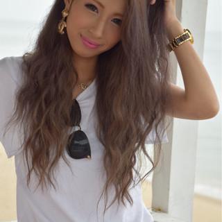 ロング 夏 外国人風 マーメイドアッシュ ヘアスタイルや髪型の写真・画像