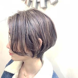ハイライト ナチュラル グラデーションカラー バレイヤージュ ヘアスタイルや髪型の写真・画像 ヘアスタイルや髪型の写真・画像