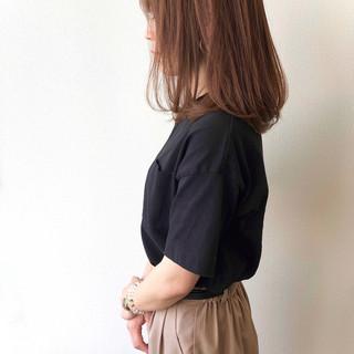 ベージュ 大人女子 アッシュベージュ ナチュラル ヘアスタイルや髪型の写真・画像