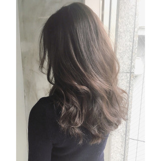 ミルクティー パーマ 大人女子 セミロング ヘアスタイルや髪型の写真・画像 ヘアスタイルや髪型の写真・画像